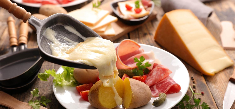 Raclette – czym jest i jak zrobić? | Porady i inspiracje