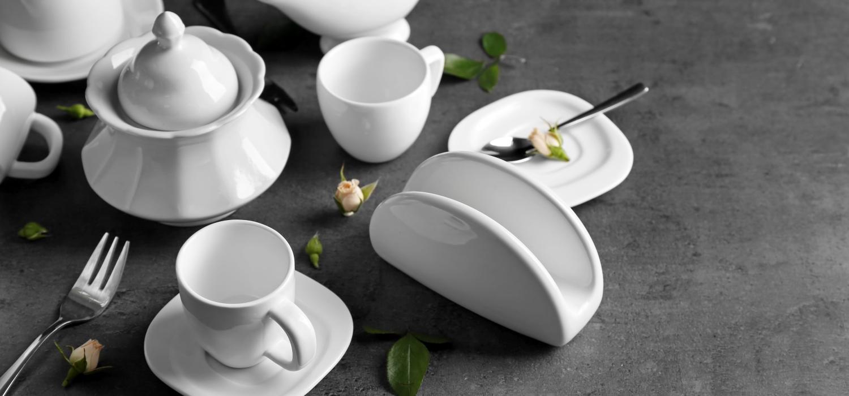 Jak dbać o porcelanę – czy można ją myć w zmywarce? | Porady i inspiracje Winiary