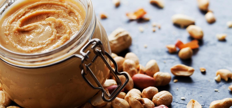 Jak zrobić masło orzechowe w domu? | Porady i inspiracje Winiary