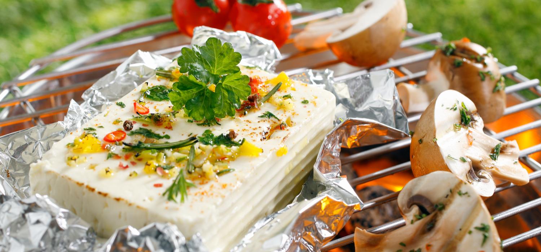 Jak przygotować grillowane sery? Sprawdź to! | Porady i inspiracje Winiary