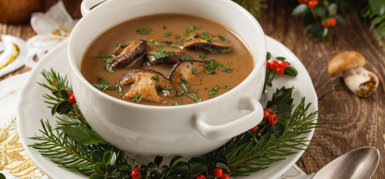 Sprawdzone przepisy na wigilijne zupy   Porady i inspiracje WINIARY