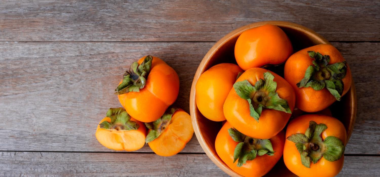 Kaki – jak jeść i do jakich dań używać? | Porady i inspiracje Winiary