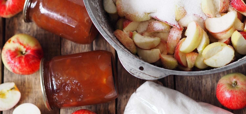 Co zrobić z jabłek na zimę? Sprawdź najlepsze inspiracje! | Porady i inspiracje Winiary