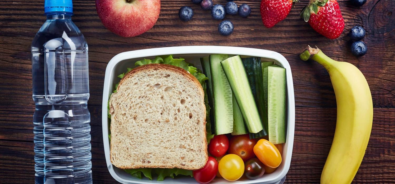 Kilka pomysłów na drugie śniadanie dla dziecka do szkoły | Porady i inspiracje Winiary