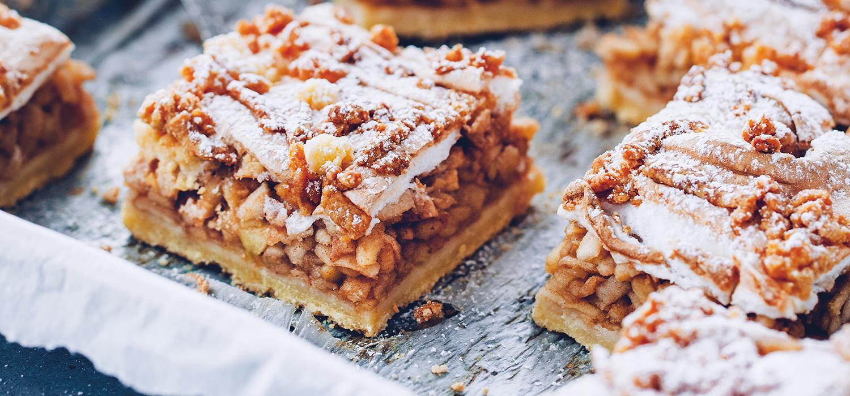 Ciasto jabłecznik z cukrem pudrem