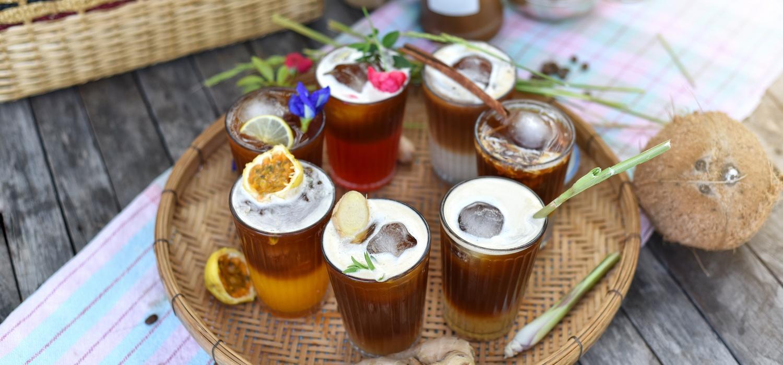 Pomysły na orzeźwienie: przepisy na owocową kawę