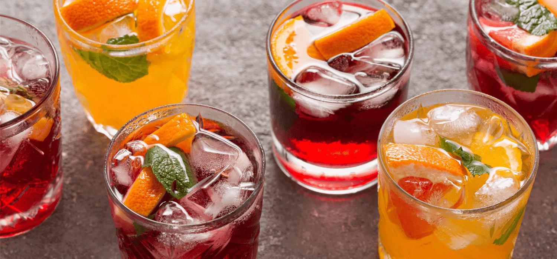 Pomysły na egzotyczne, owocowe drinki. Przepisy na lato!